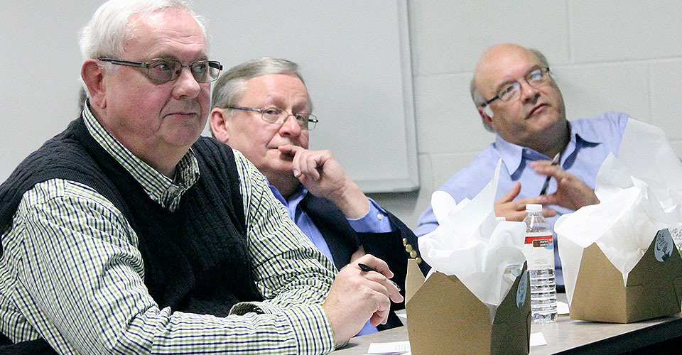 Business Advisory Council members Dick Huseby, Wayne Ashenberg, Jeff Peterson served as judges for Business 480 presentations.