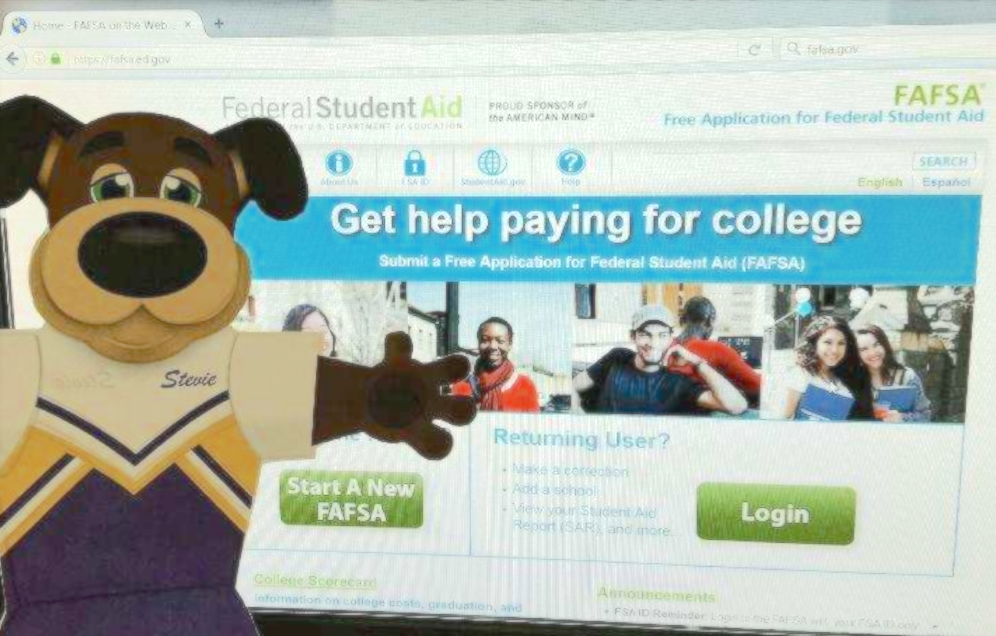 Kaitlyn Keech shares five things to know about the FAFSA for students and parents.