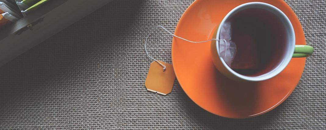 Health blogger Alyssa Deem shares her experience adding apple cider vinegar to her daily routine.