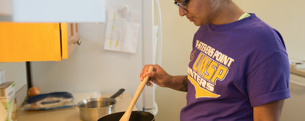 Mikayla Jankowski provides easy recipes to make in your res hall room.